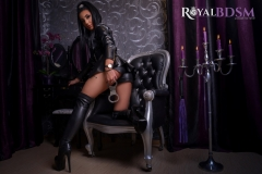 Fetish-Julia-in-leather-with-boots-and-handcuffs-2-LOGO